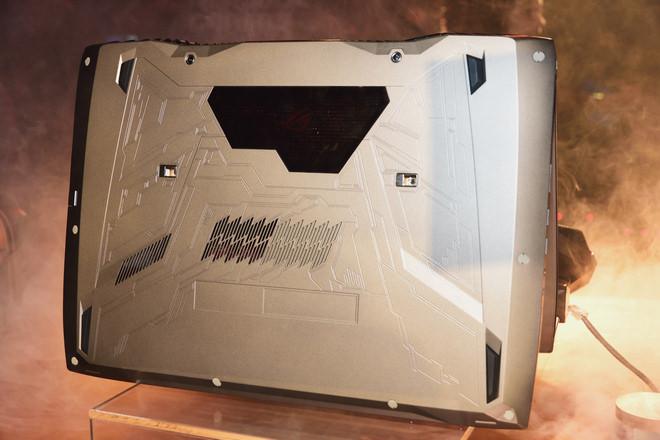 asus-rog-gx700-g752-32