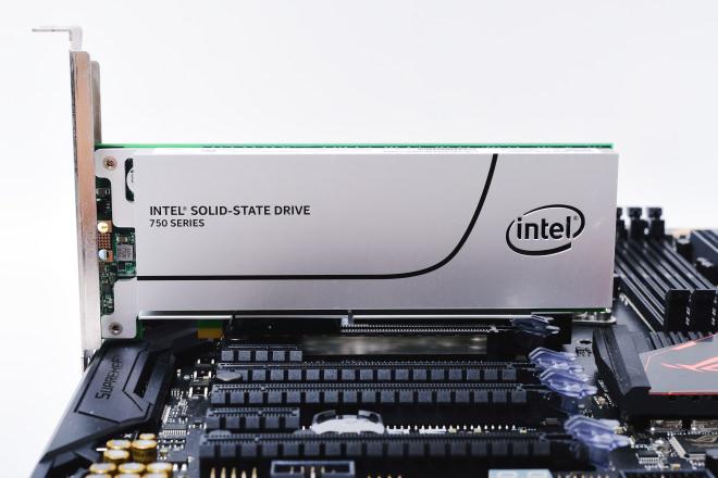 Intel Core i7-6950X-11
